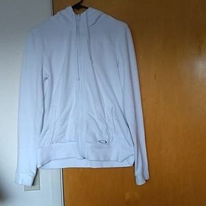 White oakley sweater